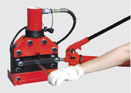cwc-150-cwc-200-hydraulic-cutting-machine-2